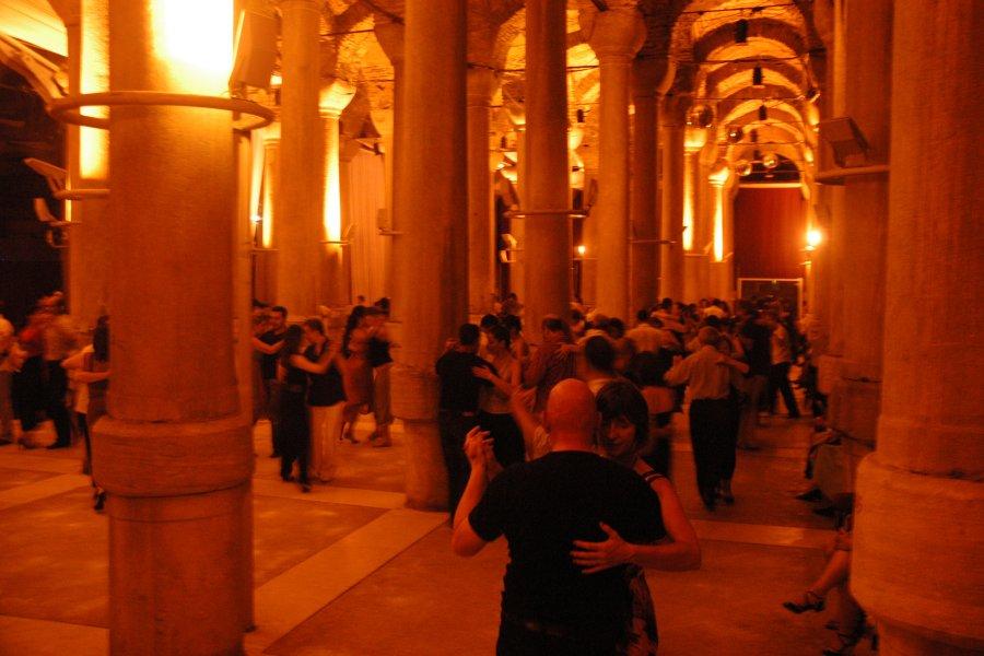 Tango Kursu Kişiye Neler Kazandırır?